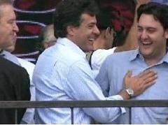 http://www.joicehasselmann.com.br/2013/01/beto-richa-diz-que-ratinho-jr-e-lideranca-em-ascensao/