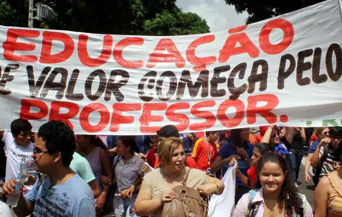 greve-professores-parana